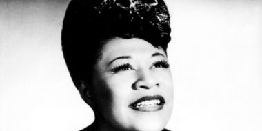 82476 Ella Fitzgerald with pile resize.