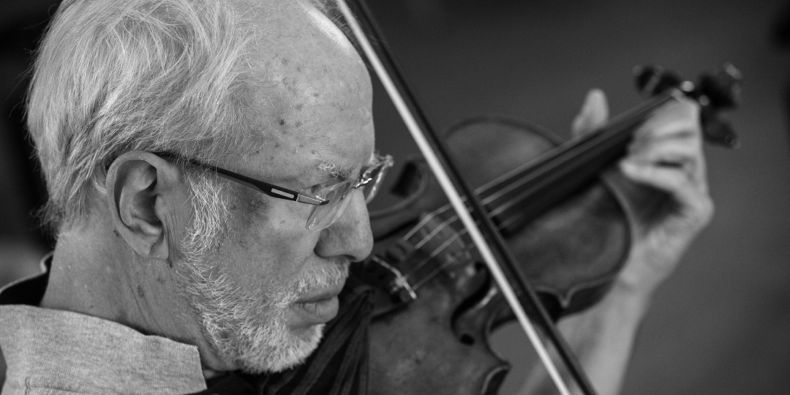 Gidon Kremer Plays Weinberg.