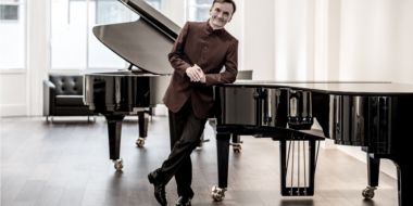 Stephen Hough Plays Beethoven.