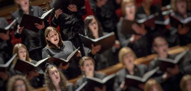 Eluned Mansell performs with CBSO Chorus.