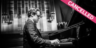 290520 Benjamin Grosvenor Plays Brahms.